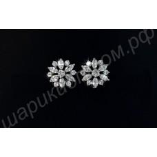 Роскошные серьги в виде цветков с фианитами, покрытые платиной