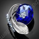 Голубая брошь с фианитами разного размера и цвета
