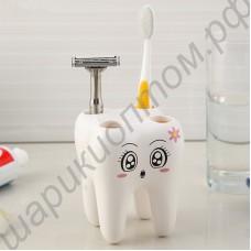 Подставка для зубных щёток в виде красивого зубика
