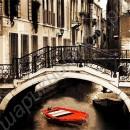 "Впечатляющая картина ""Лодка под мостом на канале в Венеции"", холст"