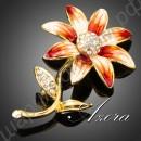 Брошь в виде красивого цветка, усыпанного австрийскими кристаллами