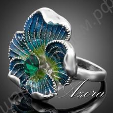 Сказочное кольцо в виде голубого цветка с зелёным камнем в сердцевине