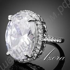 Пленительное кольцо с крупным прозрачным камнем