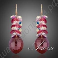Неотразимые длинные серьги с крупным красным камнем