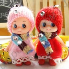 Куколка-подвеска на мобильный телефон