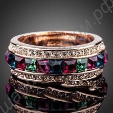 Кольцо позолоченное с дорожкой из разноцветных фианитов