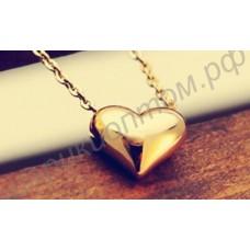 Подвеска в виде золотого сердечка, в комплекте с цепочкой