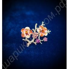 Брошь в виде веточки с цветами, с австрийскими кристаллами, позолоченная