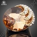 Позолоченное кольцо с огромным фианитом, зажатое орлиными когтями с россыпью австрийских кристаллов