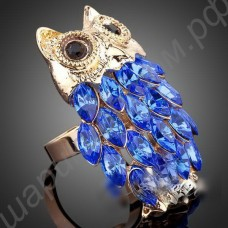 Кольцо позолоченное в виде совы из фианитов голубого цвета