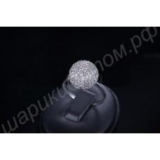 Кольцо с шариком, усыпанное фианитами, позолоченное